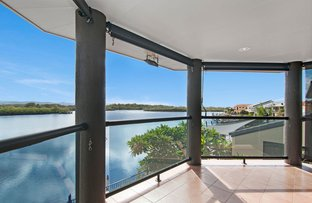 Picture of 46 Tradewinds Avenue, Paradise Point QLD 4216
