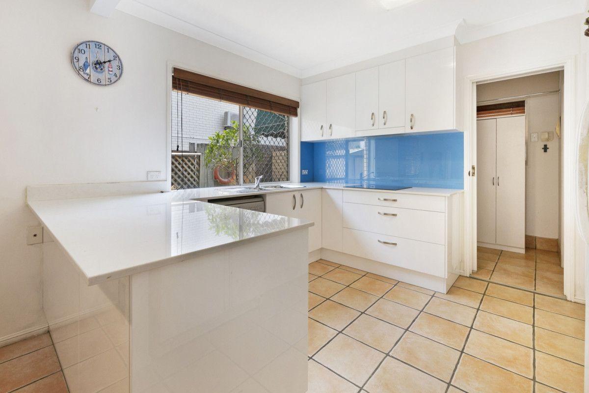 2/99 Bundall Road, Surfers Paradise QLD 4217, Image 1
