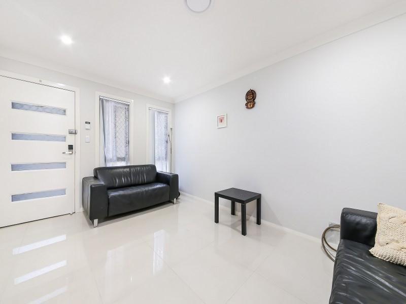 1/295 Flushcombe Road, Blacktown NSW 2148, Image 2