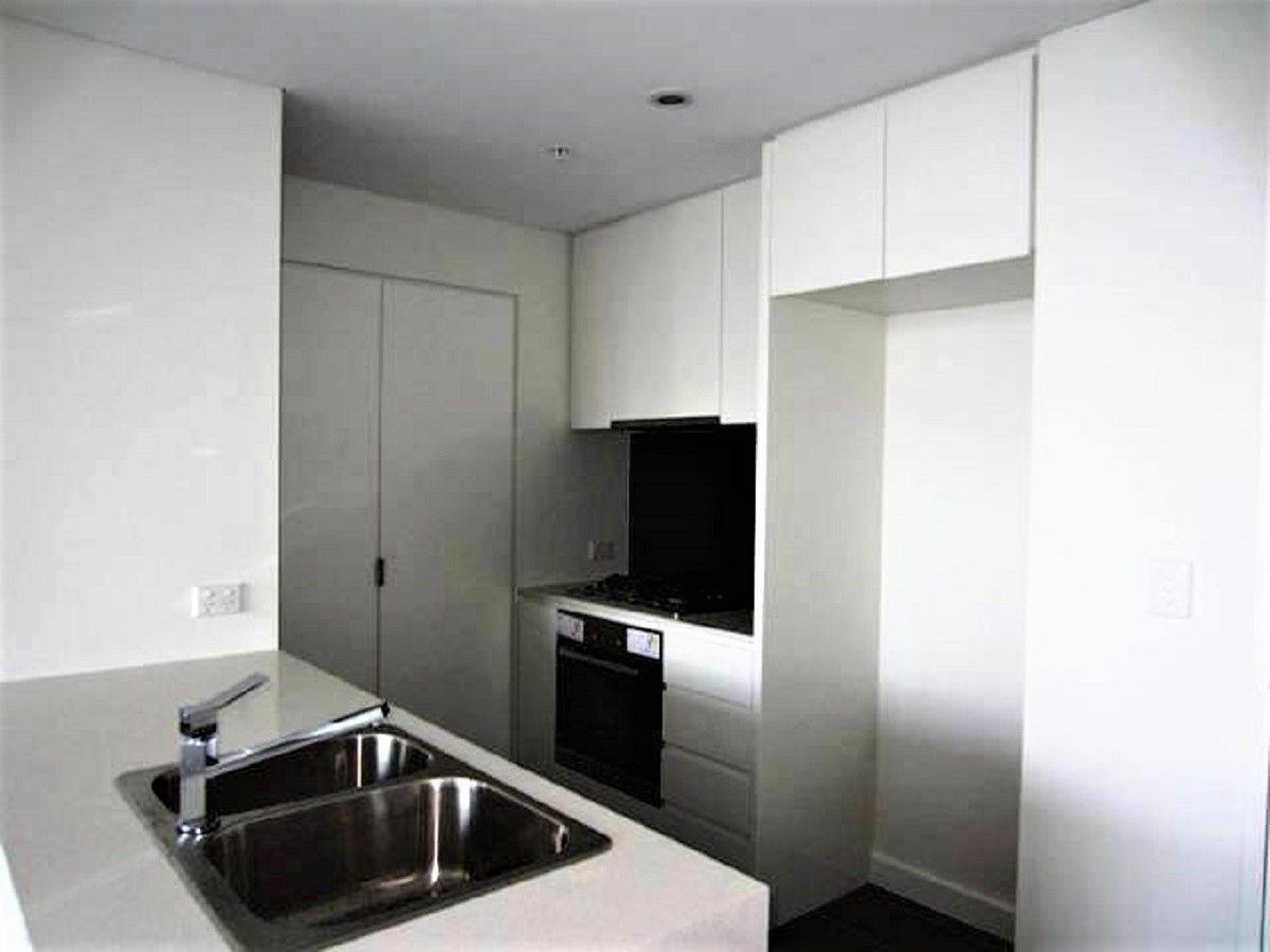 G2203/438 Victoria Avenue, Chatswood NSW 2067, Image 2