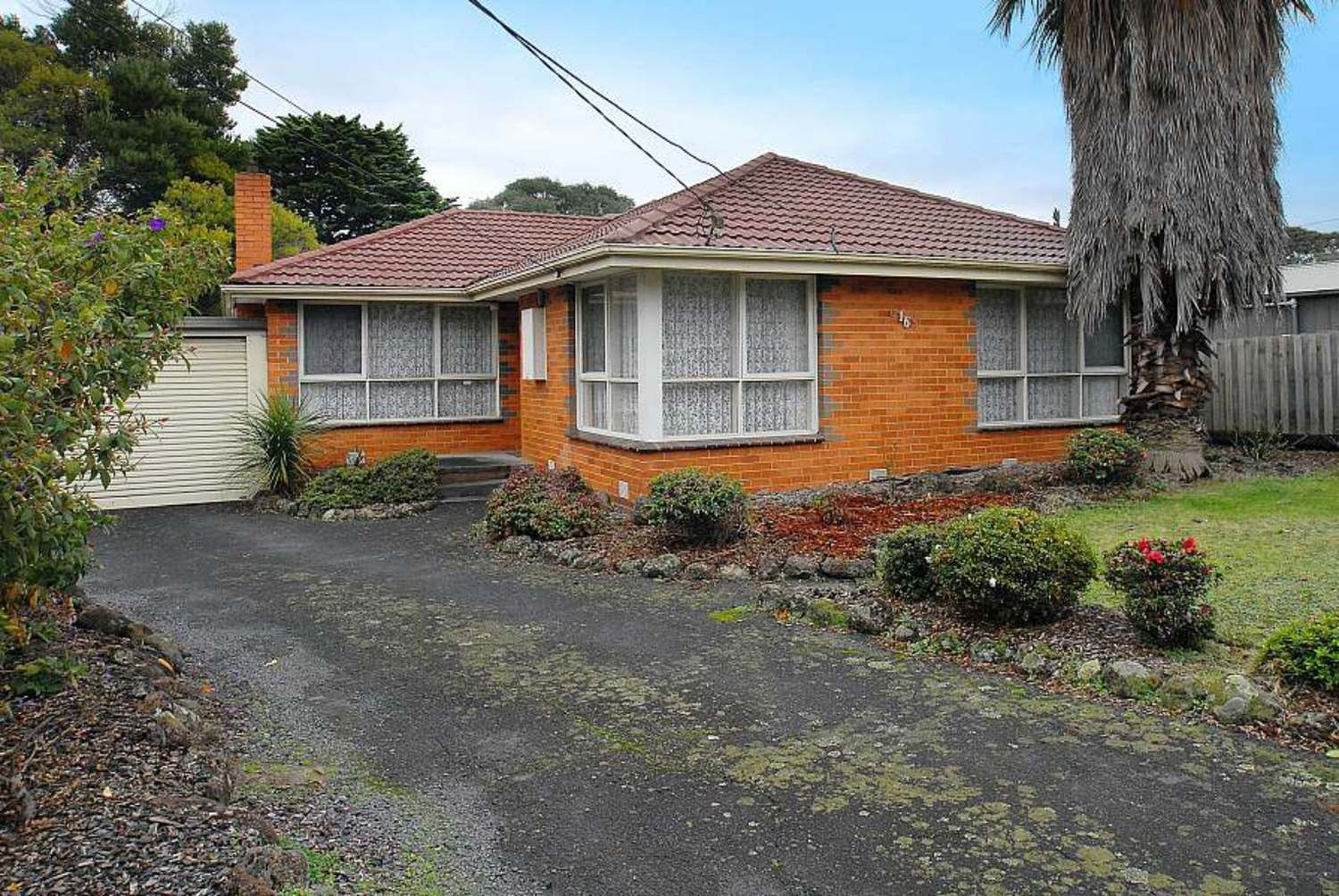 16 Lewis Road, Wantirna South VIC 3152, Image 0