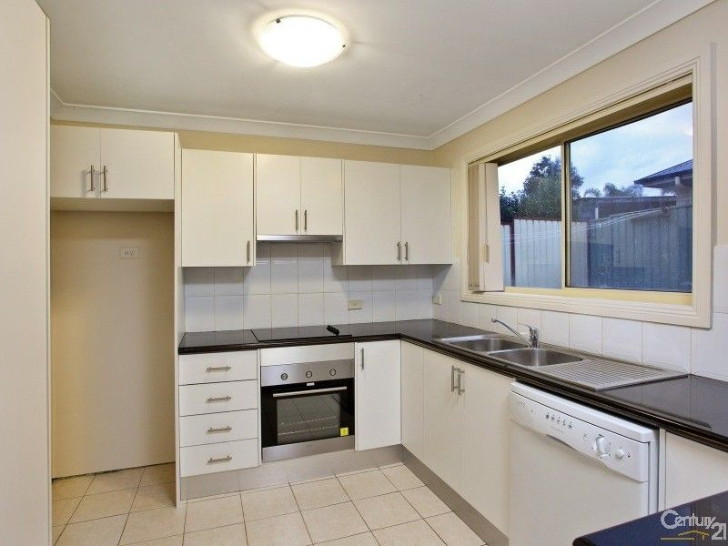 4/79 Piccadilly St, Riverstone NSW 2765, Image 2