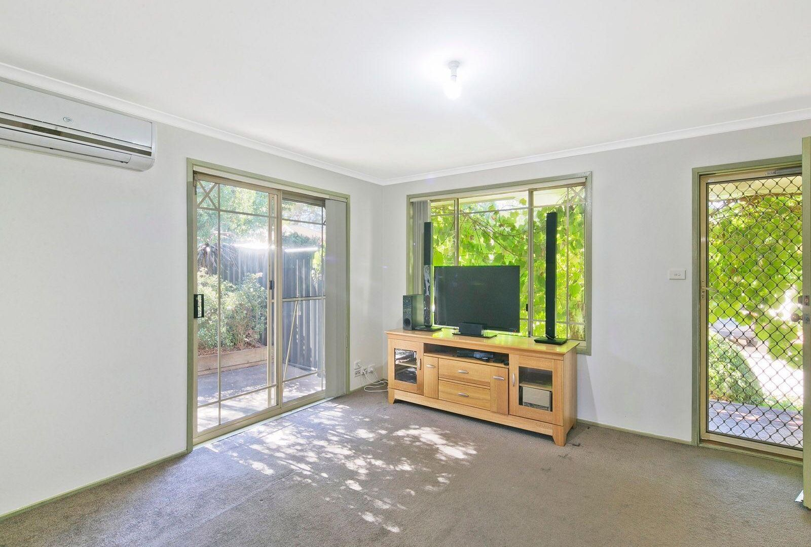 7/11 Clara Close, Amaroo ACT 2914, Image 2