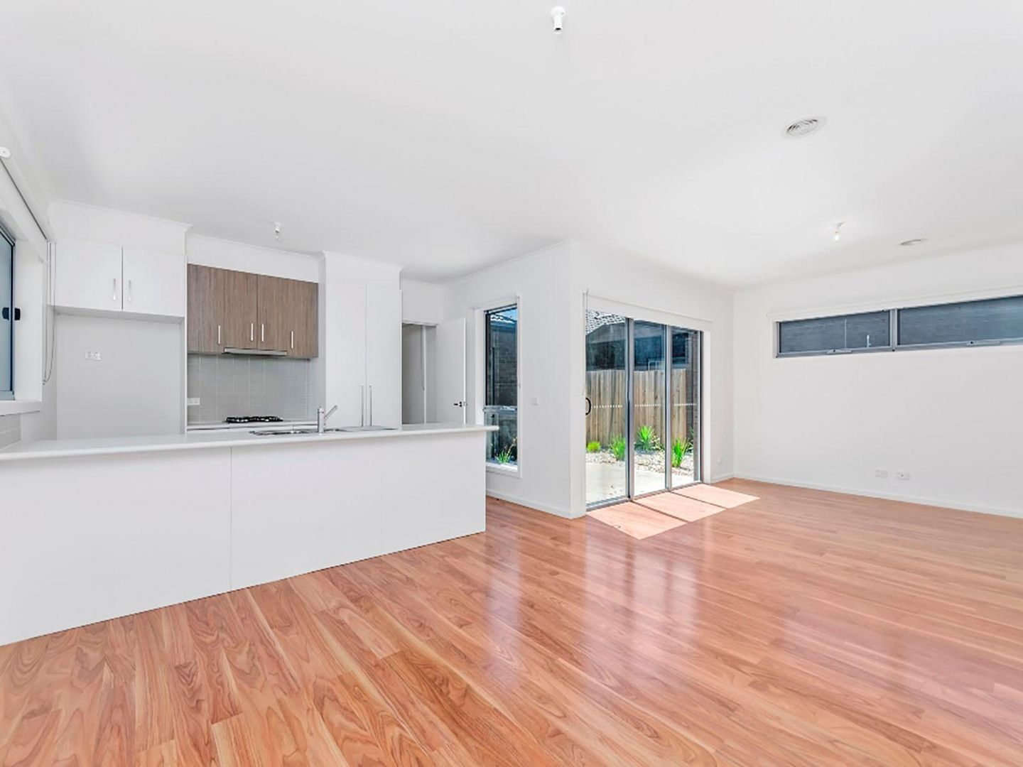 11/31-33 Helms Street, Newcomb VIC 3219, Image 1