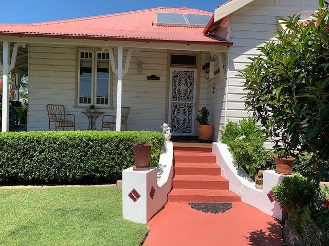 8 Russell, Branxton NSW 2335, Image 0