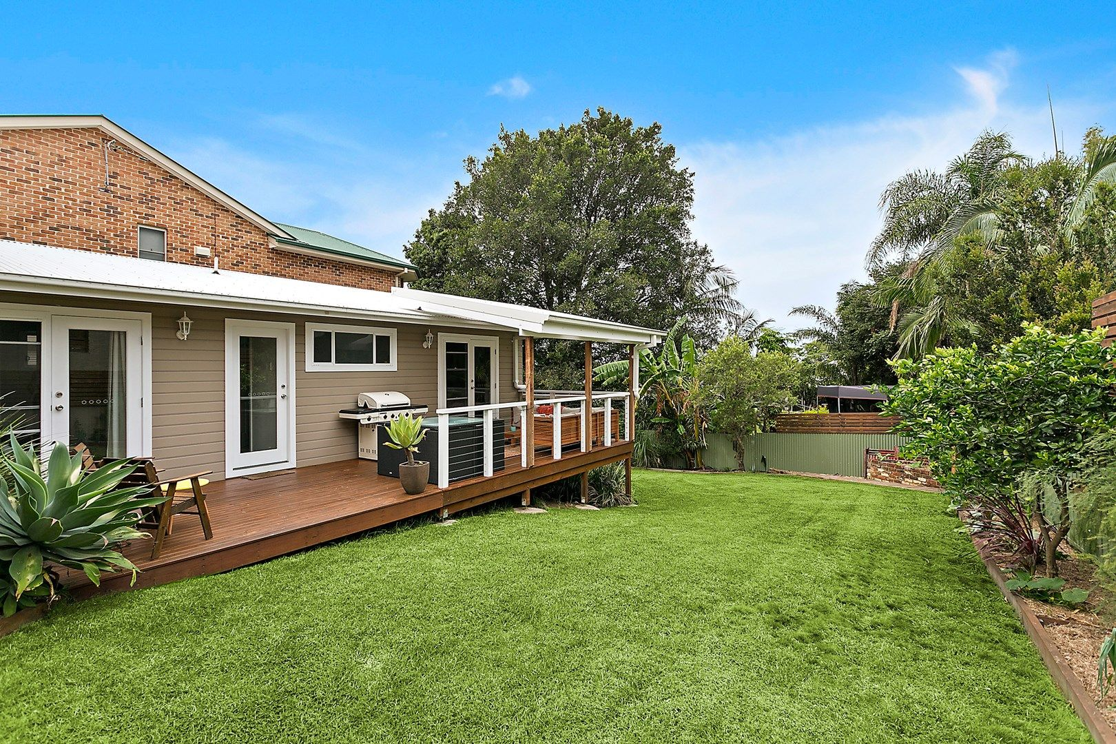 17 Fords Road, Thirroul NSW 2515, Image 0