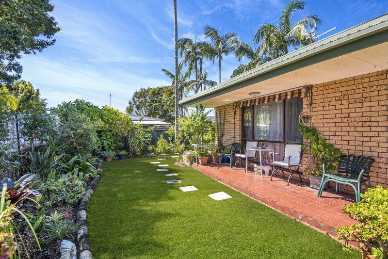 2/38 Riviera Avenue, Tweed Heads West NSW 2485, Image 0