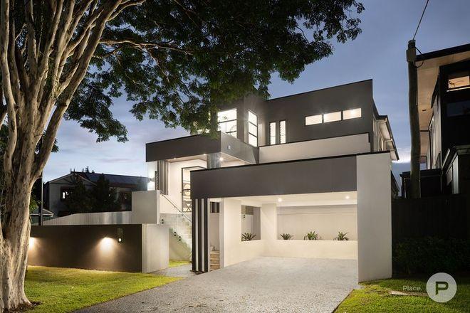 Picture of 27 Vivian Street, TENNYSON QLD 4105