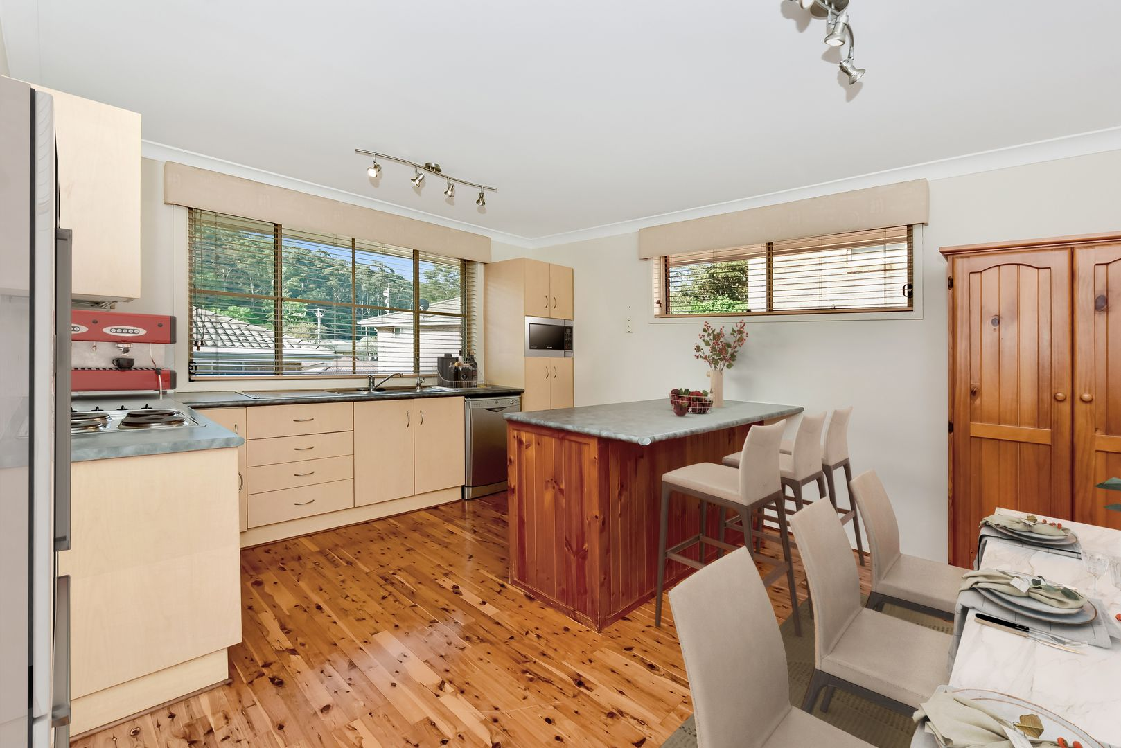 2/52 Frederick Street, Point Frederick NSW 2250, Image 1