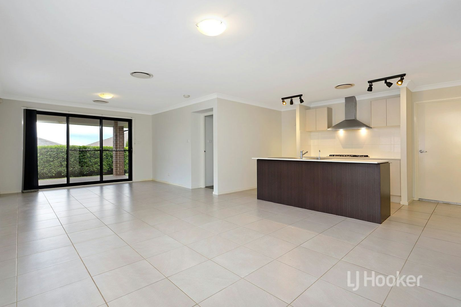 33 Hastings Street, The Ponds NSW 2769, Image 2