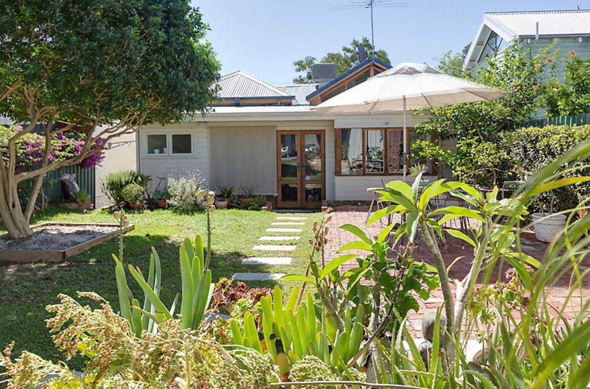 14 Knebworth Avenue, Perth WA 6000, Image 1