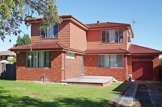 1 Allena Close, Georges Hall NSW 2198, Image 0