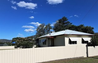 3 DENMAN AVE, Kootingal NSW 2352