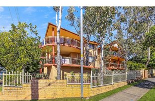 2/62 The Esplanade, Guildford NSW 2161