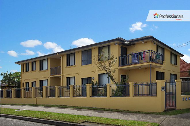 Picture of 1/47 Chalmers Street, BELMORE NSW 2192