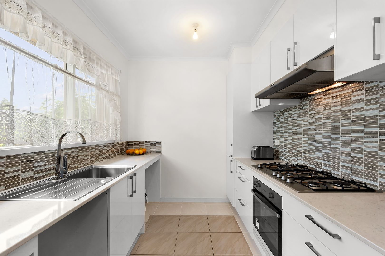 2/9-11 White Street, Oakleigh East VIC 3166, Image 1