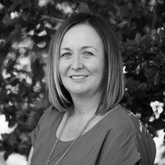 Michelle Richardson, Sales representative