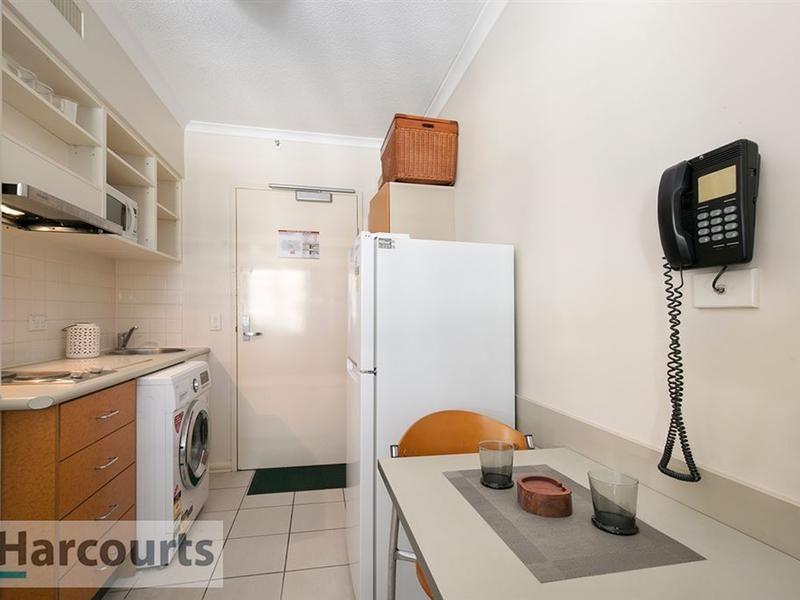 703/188 Shafston Avenue, Kangaroo Point QLD 4169, Image 1