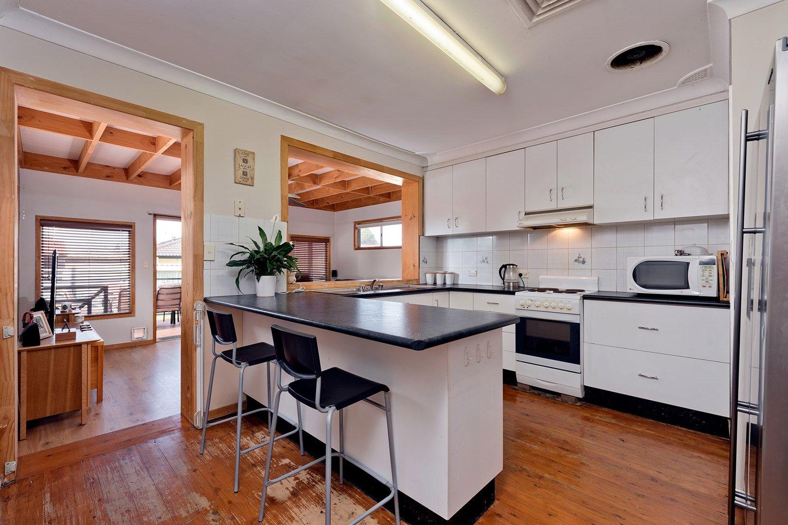 14 Russell Street, Emu Plains NSW 2750, Image 1