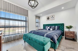 Picture of 7 Nieves Avenue, Roxburgh Park VIC 3064