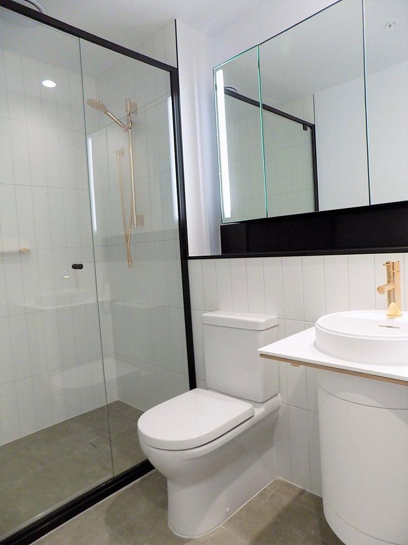 1 bedrooms Apartment / Unit / Flat in 5007/228 LA TROBE STREET MELBOURNE VIC, 3000