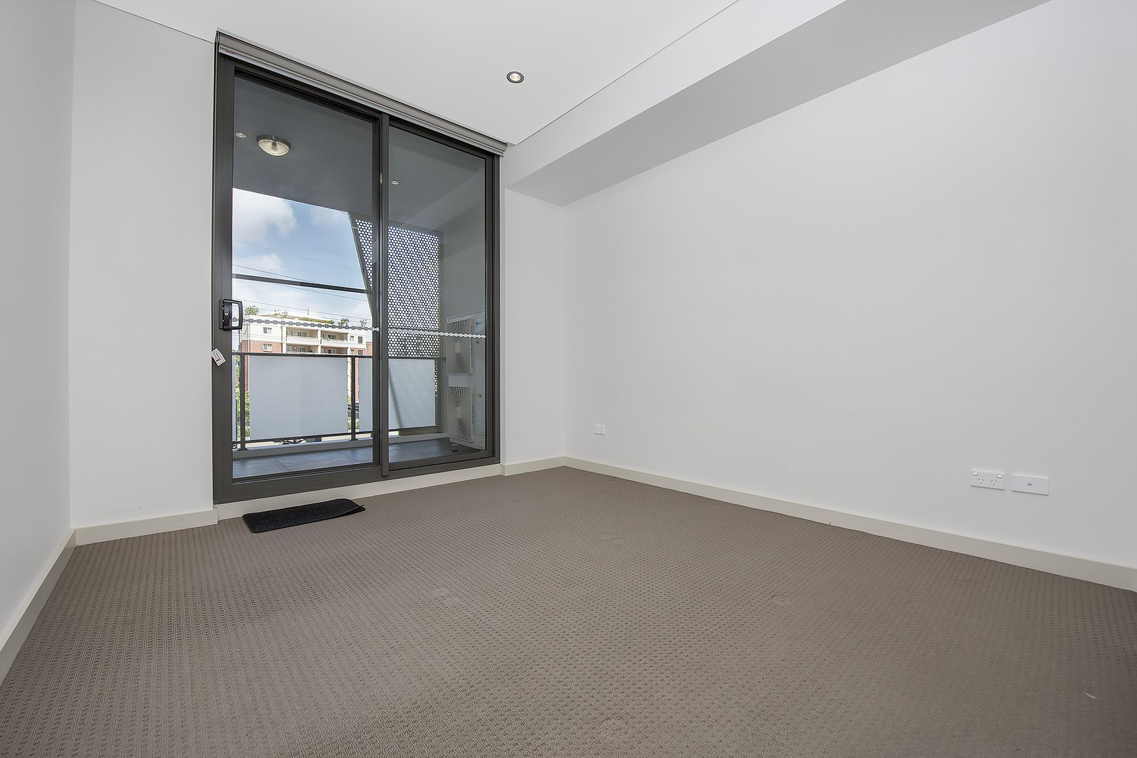 202/3 Nipper Street, Homebush NSW 2140, Image 2