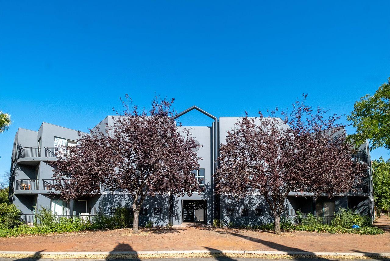 2 bedrooms Apartment / Unit / Flat in 7/143 Port Jackson Circuit PHILLIP ACT, 2606