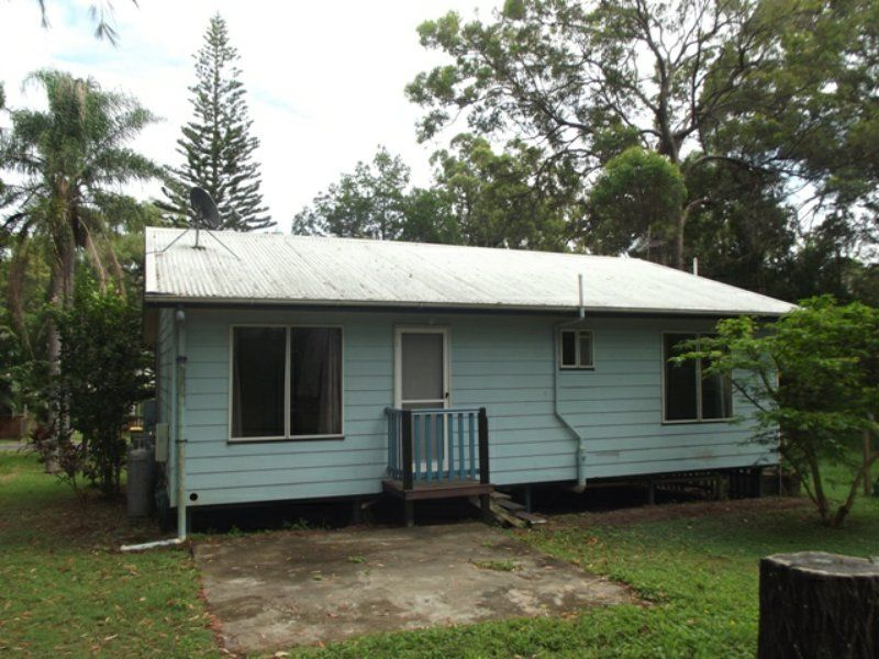 14 Eumina St, Macleay Island QLD 4184, Image 2