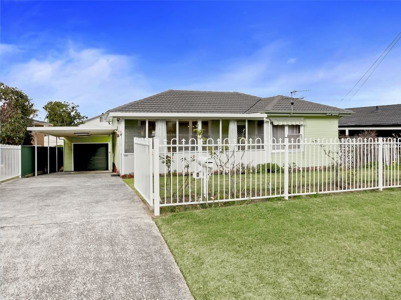 4 Nardoo Crescent, Thirroul NSW 2515, Image 0