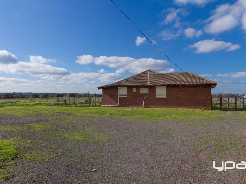 100 Thompson Road, Keilor VIC 3036, Image 0