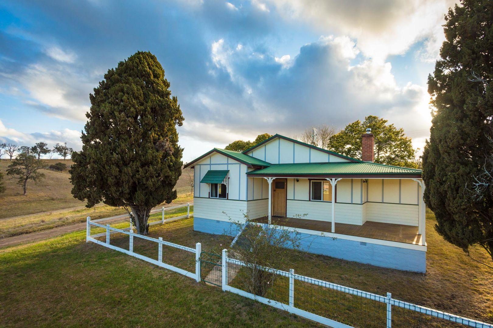 """Hillview"" Princes Highway, Bega NSW 2550, Image 0"