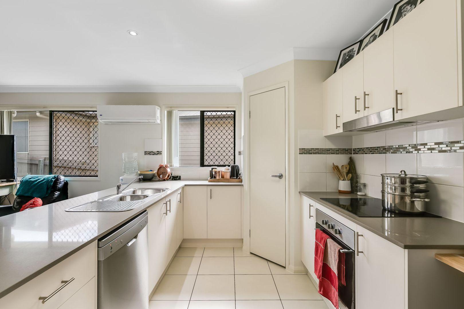 12 Felix Street, Cranley QLD 4350, Image 1