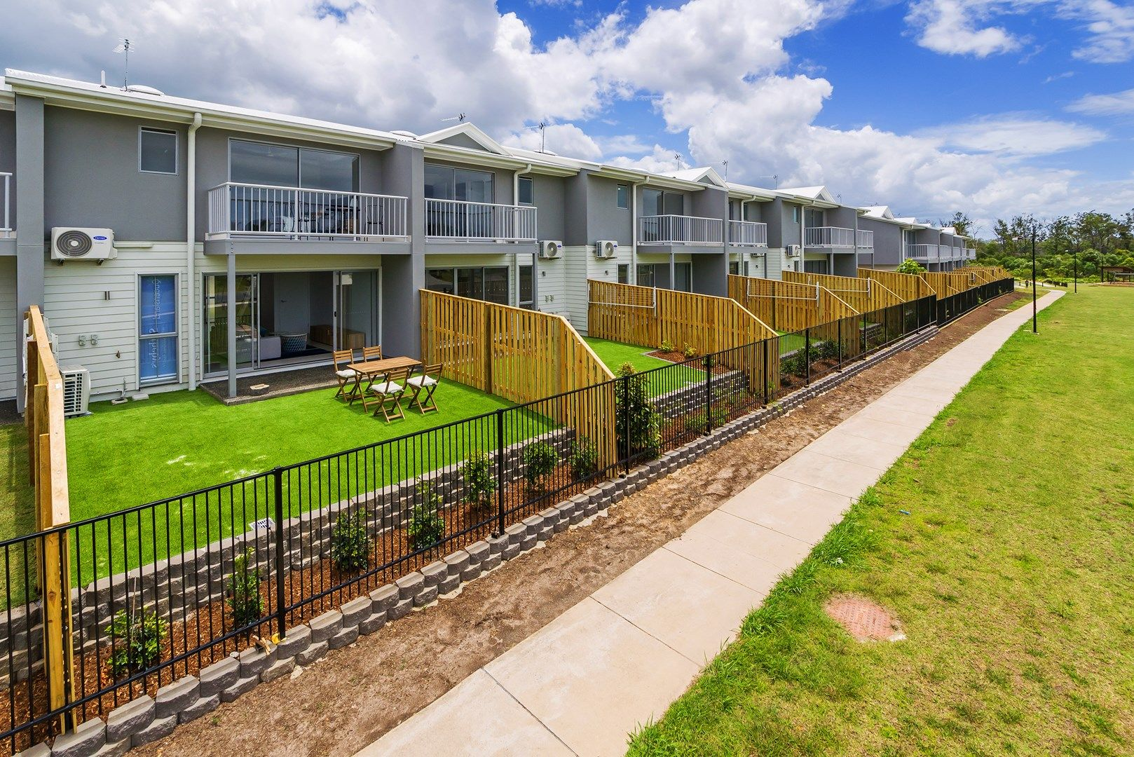 11/16 Bottle Brush Circuit, Coomera QLD 4209, Image 2