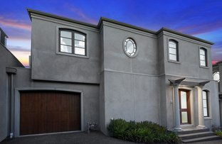 Picture of 2/3 Lodge Road, Camberwell VIC 3124
