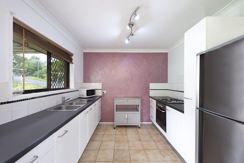 29 Anchusa Street, Kingston QLD 4114, Image 2