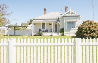 14 Currawong, Young NSW 2594