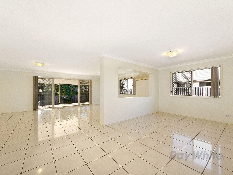 48 Lauradale Crescent, Ormeau QLD 4208, Image 2