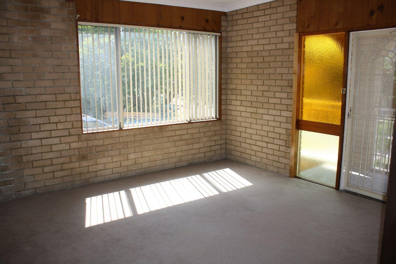 3 Tallawarra Avenue, Padstow NSW 2211, Image 2