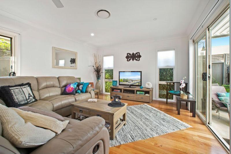 2 Arafura Street, Lake Cathie NSW 2445, Image 2