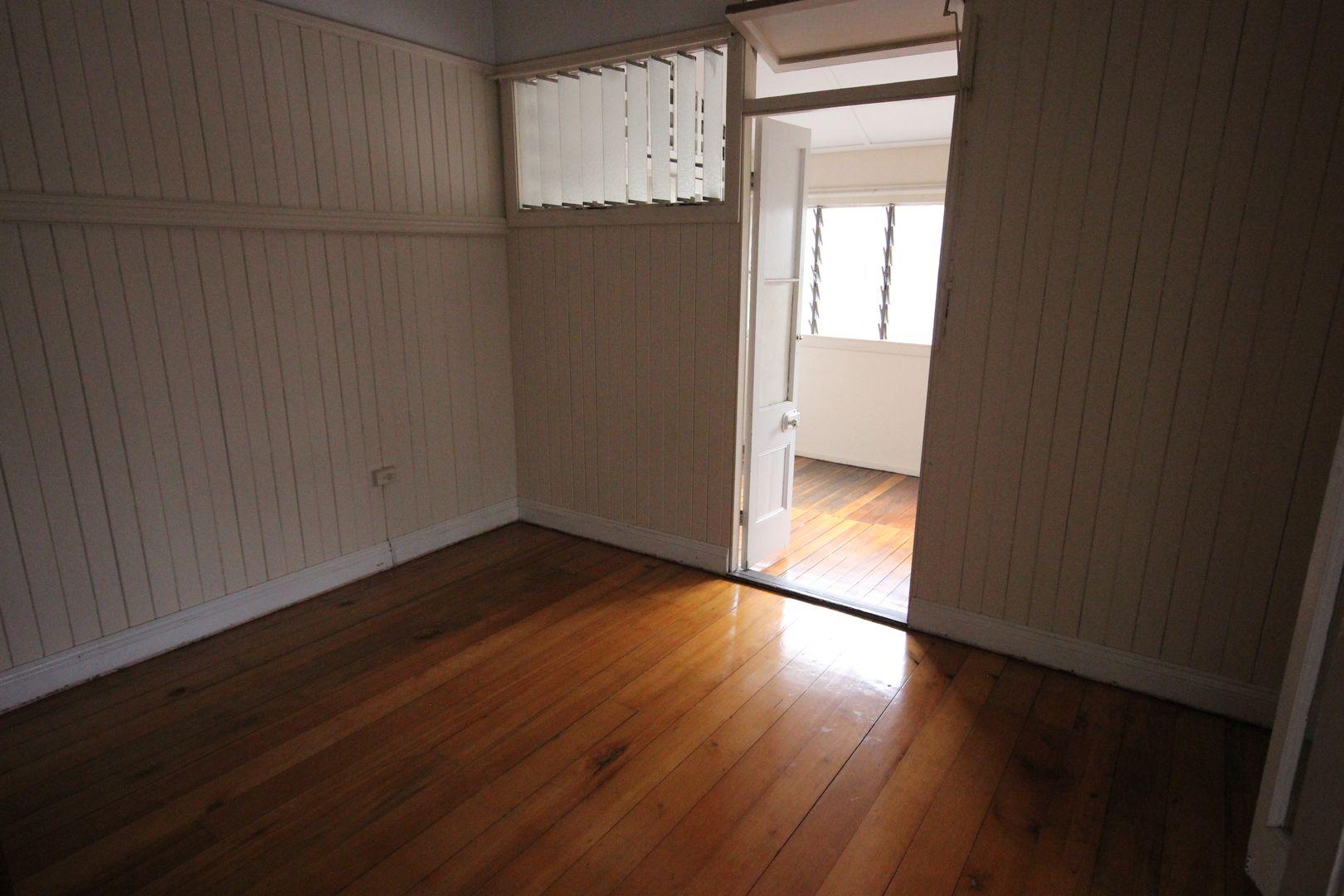 1/55 Adamson Street, Wooloowin QLD 4030, Image 2