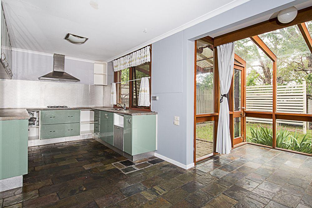 90 Malbon Street, Bungendore NSW 2621, Image 2