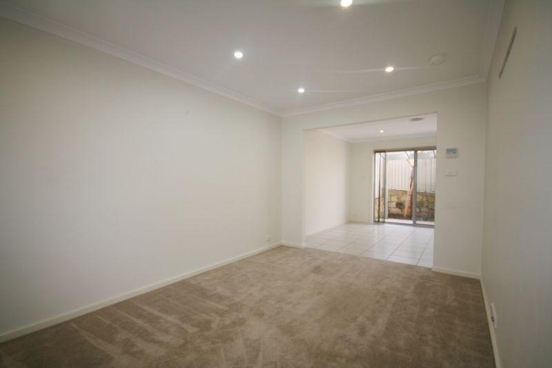 3/12 Mulloon Street, Queanbeyan NSW 2620, Image 1