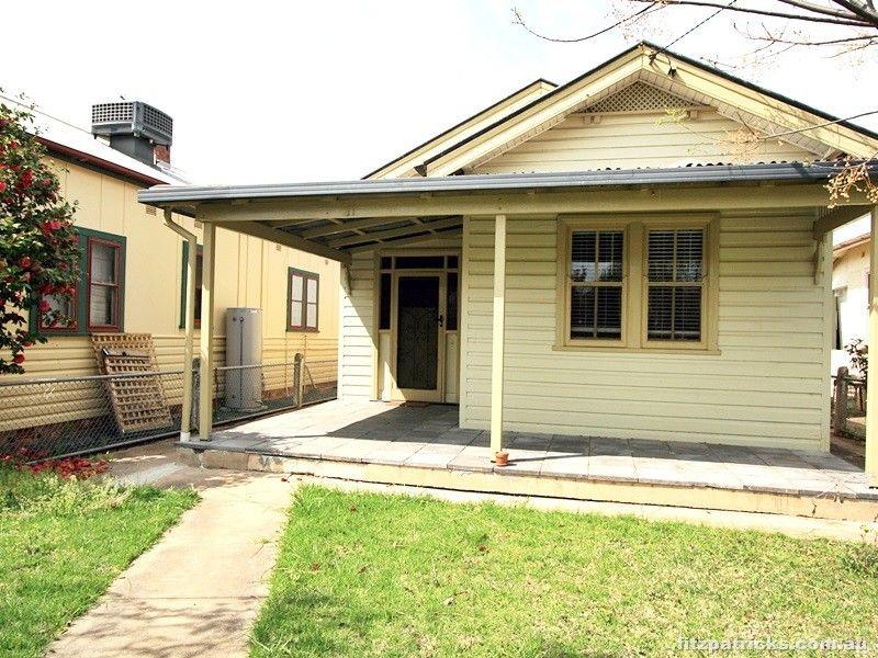 11 Albury Street, Wagga Wagga NSW 2650, Image 1