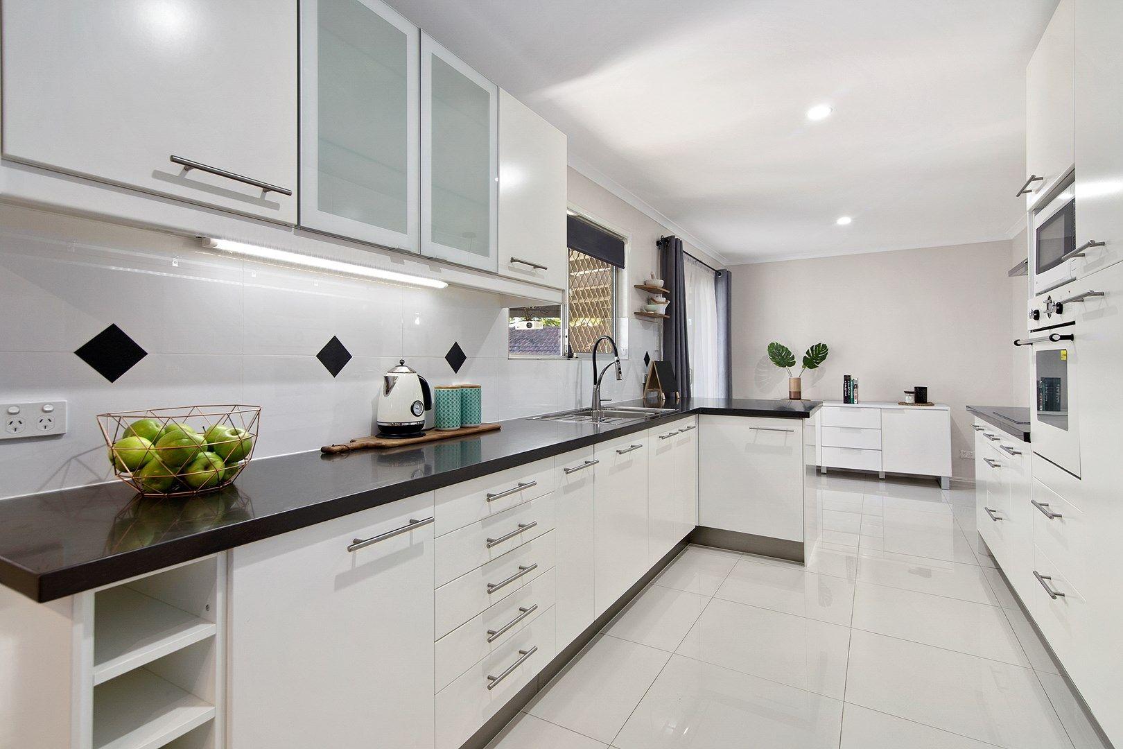 18 Eskdale Street, Holmview QLD 4207, Image 0