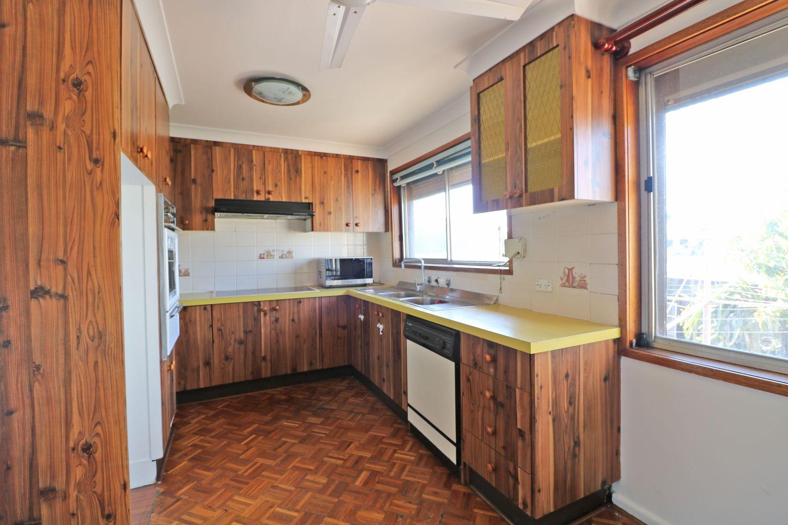 41 Rhondda Street, Smithfield NSW 2164, Image 2