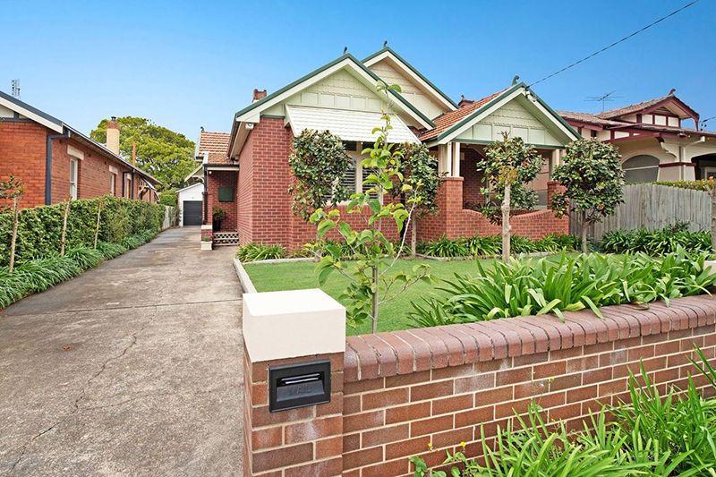 17 Silsoe Street, Hamilton South NSW 2303, Image 0
