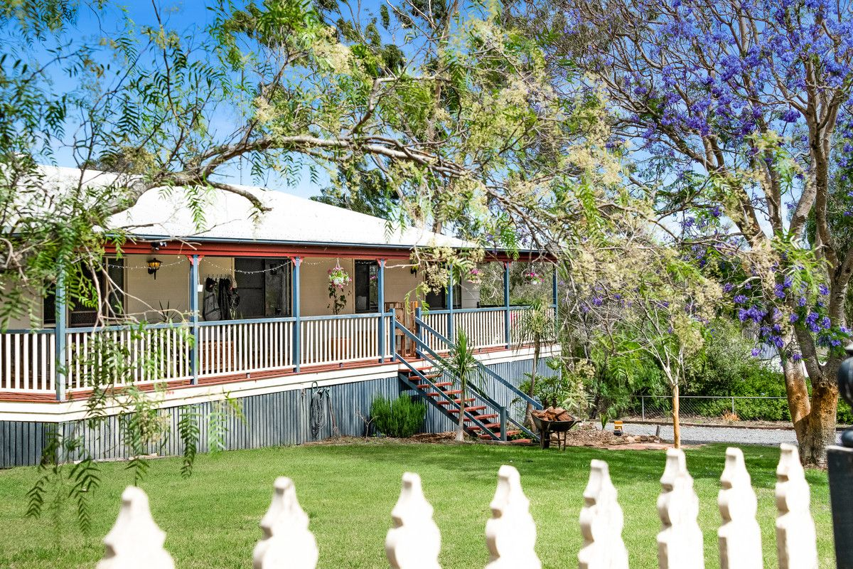 6 Hillview Crescent, Gowrie Junction QLD 4352, Image 0