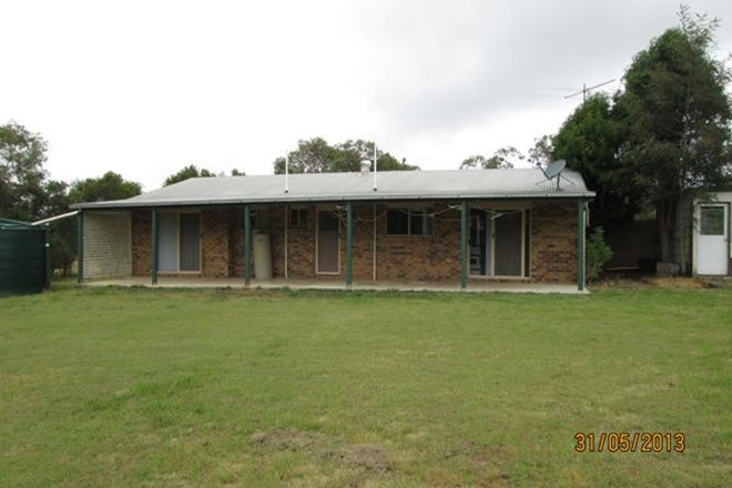Picture of 15 SMITH ST, YARRAMAN QLD 4614