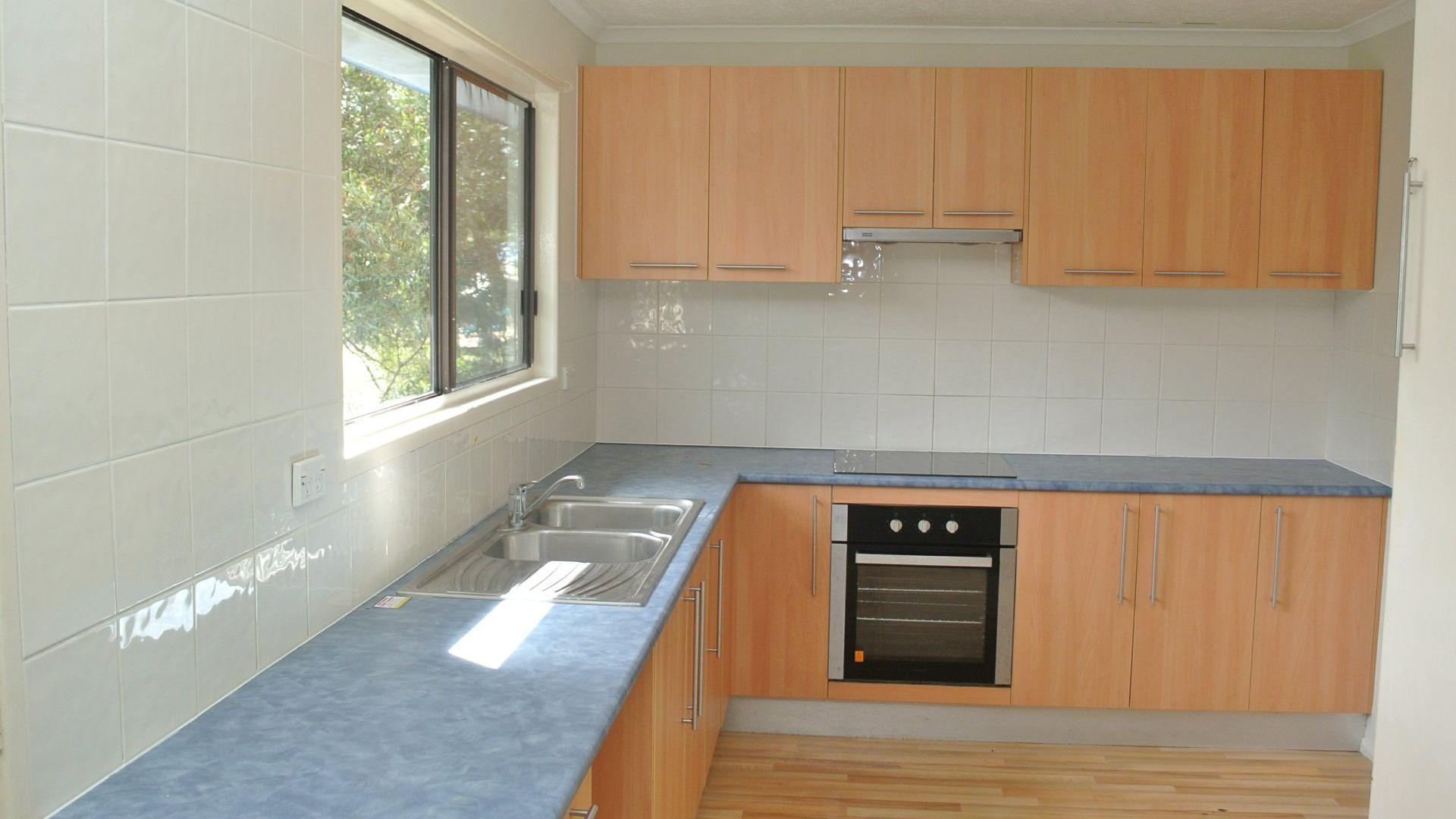 61 Lonicera Street, Macleay Island QLD 4184, Image 2
