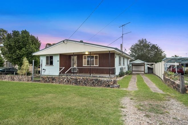 Picture of 33 Russell Street, SILKSTONE QLD 4304